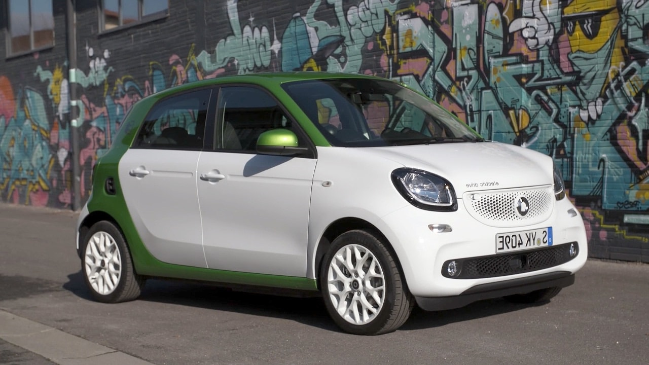 Smart electric car rental St Barths